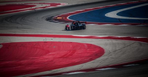 Pirelli car racing-4205
